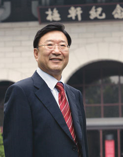 Euy Man HWANG,   the representative Patent Attorney